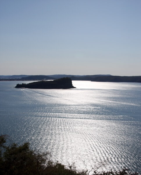 West Head is a part of Ku-ring-gai Chase National Park and only an hour north of Sydney CBD.