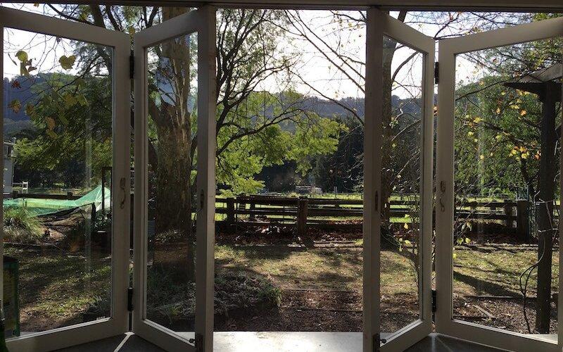 Broger's sEnd Folding Window