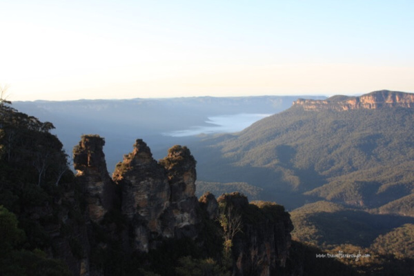 sunrise at Three Sisters Blue Mountains NSW Australia with fog in the valley