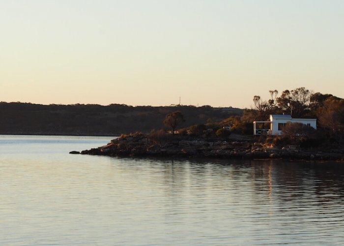 Coffin Bay Lake House