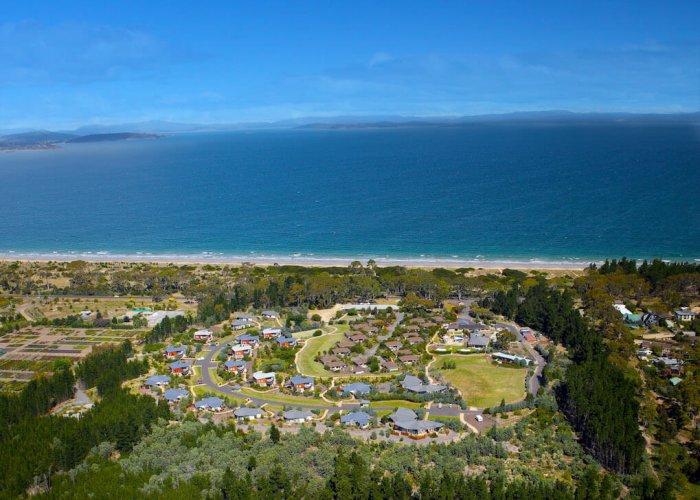 Photo Credit: Seven Mile Beach Resort.