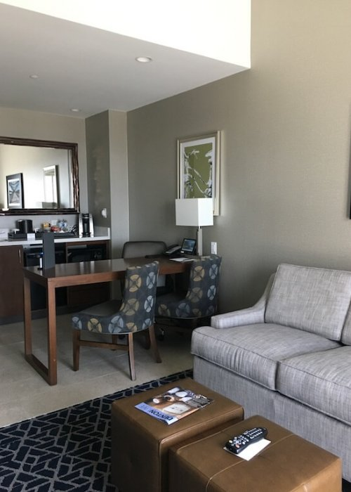 The lounge/wet bar area in my suite. Nice!